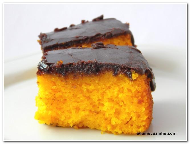 Bolo de Cenoura com Chocolate