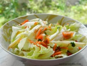 Salada com molho de tangerina