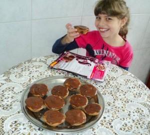 Cupcake 1600 da Draculaura feito pela Gabriela