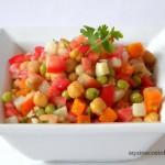 Salada de Grão de Bico com Legumes