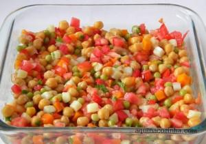 Salada+de+Grao+de+Bico+com+legumes