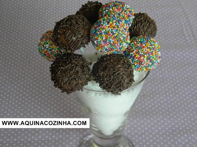 Cake Pop ou Pirulito de Bolo