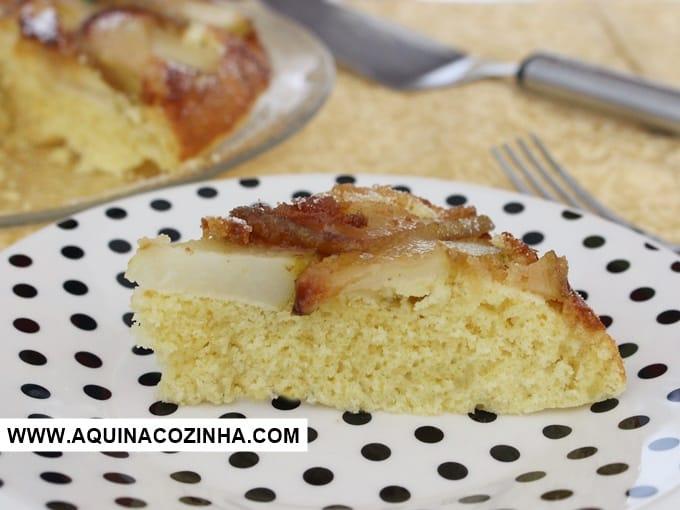 Bolo feito na frigideira e na boca do fogão (de pera, banana ou maçã)