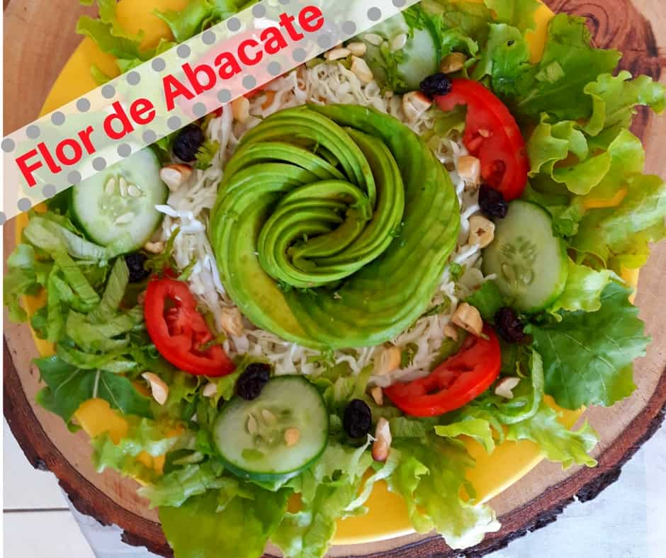 Flor de Abacate – Olha que coisa mais linda.